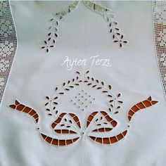 Картинки по запросу cutwork embroidery | Cutwork lace Flower Vase Machine Embroidery Design