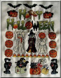 Halloween | Nicki's Kreativseite Halloween, Cross Stitching, Small Paintings, Basteln, Spooky Halloween