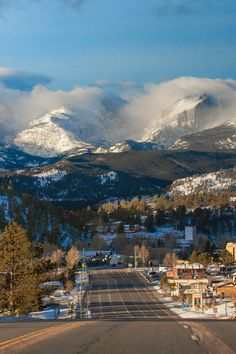 Estes Park from US 34 going west into town with Otis Peak and Hallets Peak on the horizon (Continental Divide in RMNP)