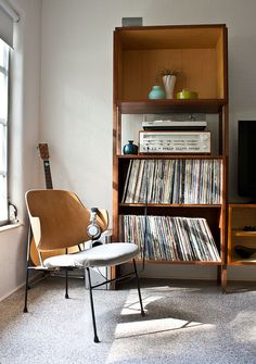 Entertainment Center / Records / Vintage