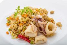 Calamares guisados con arroz    #CalamaresGuisadosConArroz #RecetasConArroz #RecetasDeMarisco #RecetasConCalamares