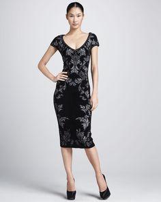Gojee - Bonded Jacquard Sheath Dress by Zac Posen