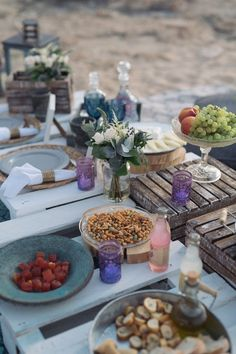 beach picnic for elopement #picnic #beachlife #bohostyle