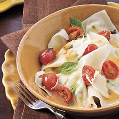 Cheese Ravioli With Spicy Tomato Sauce More