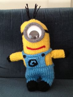"Assemble the Minions! Knit minion, 16"" free pattern, made with super bulky yarn"