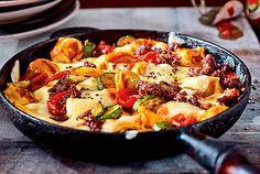 Unser beliebtes Rezept für Tortellini Bolo mit Zucchini und mehr als 55.000 weitere kostenlose Rezepte auf LECKER.de.