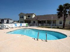 FREE use of Golf Cart, Pet friendly, Newly furnished, Close to Beach