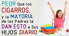 """""""Consuming Kids;"""" revela las practicas astutas de la campaña de mercadotecnia multimillonaria para convertir a los niños en consumidores leales. http://articulos.mercola.com/sitios/articulos/archivo/2015/01/15/mercadotecnia-de-comida-chatarra-para-ninos.aspx"""