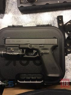 It appears that someone finally got their new Glock 17M duty gun in from Glock! I am inclined to believe that it is a genuine photo because our source is an officer with the Indianapolis Metro Police Department, one of the first agencies to receive the new guns. The officer that this 17M belongs to …   Read More …