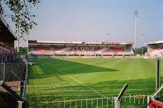 Top Oss, thuisbasis, Frans Heesen Stadion aan de Mondriaanlaan