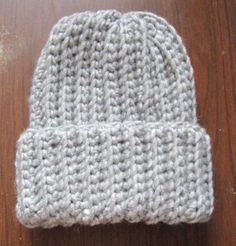 This has always been one of my favorite crochet hat patterns. It's a unisex pa