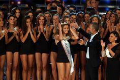 #GiusyBuscemi viene incoronata Miss Italia 2012