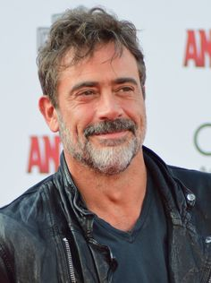 """Jeffrey Dean Morgan to reprise 'Supernatural' role for show's episode. Jeffrey Dean Morgan is set to reprise his role as John Winchester on The CW's """"Supernatural"""" for the show's episode. Jeffrey Dean Morgan, James Dean Morgan, Hilarie Burton, John Winchester, Walking Dead Cast, Fear The Walking Dead, Grey's Anatomy, Actrices Hollywood, Most Handsome Men"""