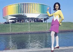 Hostess of the Kaleidoscope at Expo © Government of Canada. Reproduce with permission of Library and Archives Canada Source: Library and Archives Canada / Canadian Corporation for the 1967 World Exhibition Canadian History, Canadian Art, Expo 67 Montreal, Montreal Quebec, Colani, Institute Of Design, Fair Games, Exhibition, Expositions