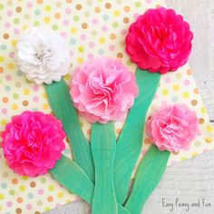You can make a wonderful flower bouquet by making this tissue paper flower craft. We do love our pink tones but there really are no limits. *this post contains affiliate links* Can there ever be too many flower craft ideas? I think now and I love making all kinds of them (do check our other …