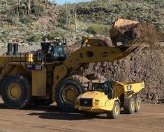 Mining Equipment, Heavy Equipment, Construction Humor, Giant Truck, Operating Engineers, Jd Tractors, Earth Moving Equipment, Caterpillar Equipment, Cat Machines