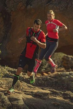 Pin by outdoor click - outdoor gear & fashion on trail running outfits Best Trail Running Shoes, Keep Running, Running Man, Running Tips, Running Outfits, Trail Shoes, Ffa, Triathlon, Cross Country