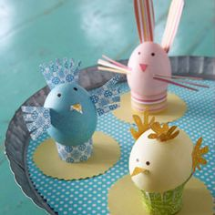 Criar passarinhos em formato de ovinhos é uma ótima opção para chamar a atenção das crianças para a festa de Páscoa.