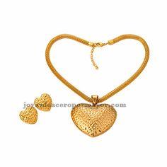 juego de collar y aretes de corazon en acero inoxidable de dorado para mujer-SSNEG511557