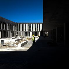 © invisiblegentleman.com | escola braamcamp freire | CVDB arquitectos