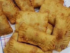 Μπουρεκάκια με Χαλβά! Apple Pie, Sweets, Cheese, Cake, Desserts, Greek, Food, Tailgate Desserts, Deserts