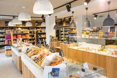L'épicerie de JOSEPH à Rennes - Architecture par l'agence LABEL ETUDES Store Fronts, Joseph, Interior Design, Architecture, Bakery Shops, Rennes, Places, Nest Design, Arquitetura