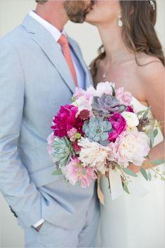 Coast to Coast Wedding - The Wedding Chicks Wedding Kiss, Wedding Couples, Wedding Bells, Wedding Photos, Dream Wedding, Garden Wedding, Fuschia Wedding, Summer Wedding Bouquets, Wedding Colors