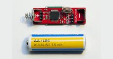 One of the great things about the Arduino is that it's totally open source so you can make your own variations on it. Case in point, DIYer Johan Kanflo's AAduino, which comes in at the size of a AA battery. Diy Electronics, Electronics Projects, Arduino Clone, Electronic News, Arduino Board, Raspberry Pi Projects, La Pile, 3d Laser, Thing 1