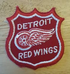DETROIT RED WINGS NHL Hockey Team Logo Insignia Embroidered Sew on Patch…