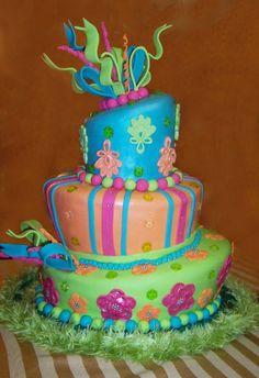 So pretty! 7 Cake, No Bake Cake, Beautiful Cakes, Amazing Cakes, Cupcake Cookies, Cupcakes, Whimsical Halloween, Occasion Cakes, Desert Recipes