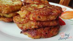 Rychle připravená chuťovka, kterou si oblíbíte. Placky s chutí česneku a sýra. Cuketa je velmi oblíbená surovina, ze které se připravují hlavně placky, někdy i palačinky nebo dokonce i sladké dezerty. Brzy budeme vysazovat do vlastní zahrady, tak určitě nezapomeňte ani na cuketu. Autor: Triniti Hcg Recipes, Potato Recipes, Cooking Recipes, Czech Recipes, Ethnic Recipes, 21 Day Diet, Zucchini Puffer, Zucchini Pizzas, Potato Pancakes