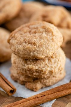 Apple Butter Snickerdoodles - Crazy for Crust Fall Desserts, Delicious Desserts, Easy Snickerdoodle Recipe, Fall Cookie Recipes, Blackberry Recipes, Bowl Cake, Fall Cookies, Christmas Cookies, Cooked Apples