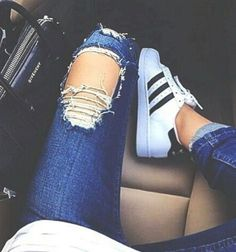 ripped jeans adidas converse casual street style