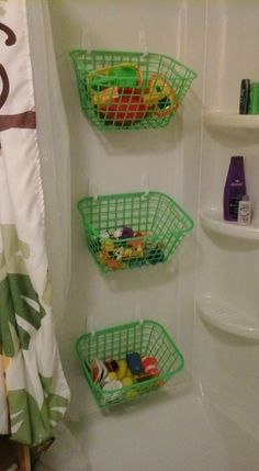 Bath toy storage I need to do this for J's bath toys Bath Toy Storage, Kids Storage, Bedroom Storage, Storage Design, Craft Storage, Storage Ideas For Kids, Soft Toy Storage, Creative Toy Storage, Camper Storage