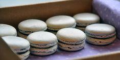 Chai Tea and Chocolate Macarons - 1001 makron Autumn Inspired Recipes, New Recipes, Cookie Recipes, Macaron Filling, Macaroon Recipes, Cake Bars, No Bake Cookies, Base Foods, Macaroons