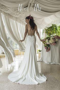 NotediMe collection 2016, Beauty of Nature In the pics Dea Artemide, Morena Mampieri #morenamampieri #beautyofnature #notedime #abitidasposa #weddingdress