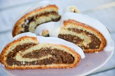 Nussstrudel Home Recipes, Cooking Recipes, Deserts, Food And Drink, Low Carb, Meals, Baking, Breakfast, Cake
