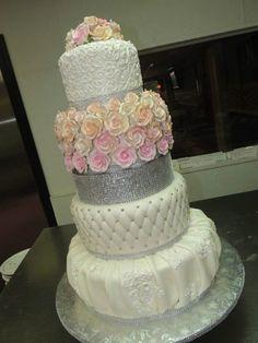 Alessi Bakeries Round Pink Wedding Cake