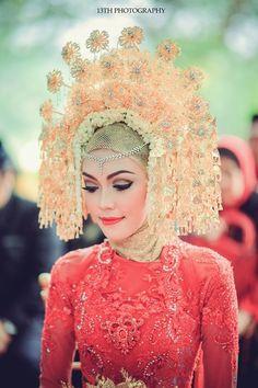 Pernikahan Adat Minang Ala Andina dan Angga - fcd84f31628983.5659b5fabab4f