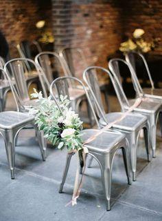 Industrial-chic wedding decor for a beyond stunning look Wedding Ceremony Seating, Wedding Ceremony Flowers, Wedding Chairs, Reserved Seating Wedding, Wedding Table, Industrial Chic, Industrial Wedding, Copper Wedding, Florida Wedding Venues