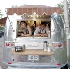 Isla de Cafe airstream in Humboldt Park, Chicago.