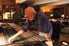 3 Mixing Secrets From The Legendary Andy Wallace | The Recording Revolution