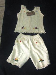 Besticktes #Set, #Top und #Shorts aus #ökologischer #Baumwolle