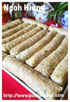 Hey, This is not Italian Meat Rolls, It Is Chinese Meat Rolls Called Ngoh Hiang (五香肉卷) - Guai Shu Shu Raw Food Recipes, Pork Recipes, Asian Recipes, Appetizer Recipes, Cooking Recipes, Chinese Recipes, Shrimp Recipes, Cooking Chinese Food, Asian Cooking