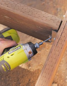 Laying interior supports into brackets in a deck construction Backyard Patio Designs, Ponds Backyard, Backyard Gazebo, Patio Ideas, Backyard Ideas, Backyard Landscaping, Freestanding Deck, Building A Floating Deck, Patio Design