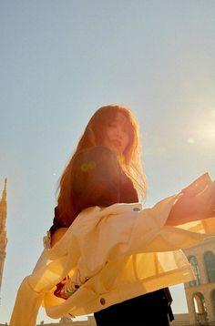 Lee Sung Kyung Photoshoot, Lee Sung Kyung Fashion, Korean Aesthetic, Aesthetic Indie, Korean Actresses, Korean Actors, Lee Sung Kyung Wallpaper, Lee Hyeri, Park Seo Jun