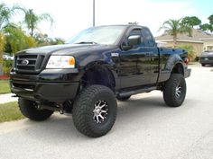 Flareside rare breed show your pics - Ford Forum - Community of Ford Truck Fans F150 Truck, Ford Pickup Trucks, Lifted Trucks, Toyota Tacoma 4x4, Ford Girl, Ford F Series, Trucks And Girls, Cool Trucks, Chevy