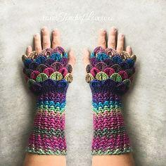 Crochet PDF Pattern  Dragon Fingerless Gloves