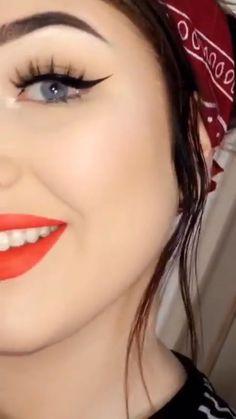مـنشورآتي لَآ تـمـثـلَني ☻√ #العاطفية # العاطفية # amreading # books # wattpad Cute Girl Photo, Beautiful Girl Image, Beautiful Anime Girl, Beautiful Eyes, Teenage Girl Photography, Girl Photography Poses, Stylish Girls Photos, Stylish Girl Pic, Cute Girl Poses