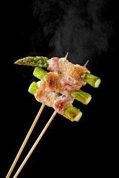 Asparagus Bacon Stick, Japanese ROBATA Stye Grill|アスパラベーコン串